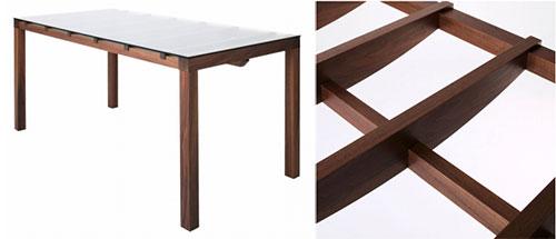 フレーム構造のガラステーブル