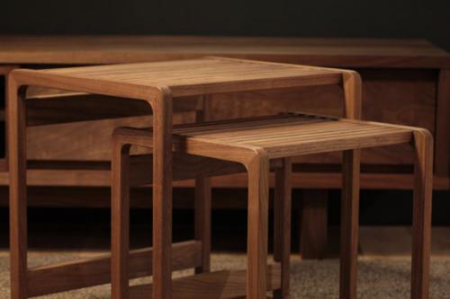 ディッカーサイドテーブル