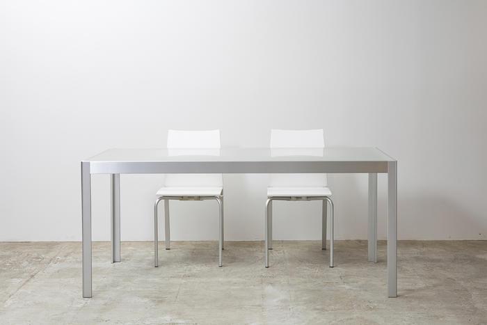SIMPLE PLEASURE ガラスダイニングテーブル