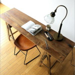シャビーシックなフォールディングテーブル