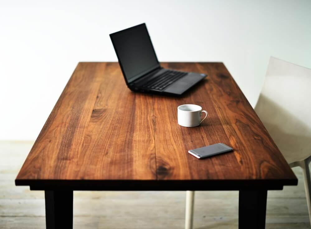 ジサク ウォールナットテーブル