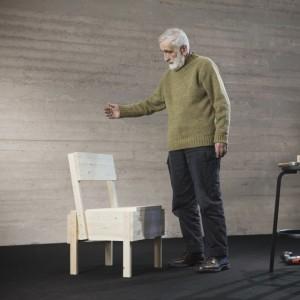 エンツォ・マリの椅子